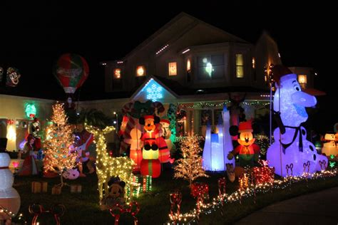 disney themed house in summerport shines for christmas