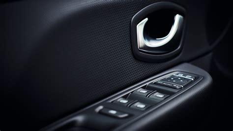 clio interni design di clio moschino interni e particolari dell auto