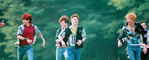 Jam Tangan Exo Kokobop D O teaser exo the war kokobop d o r a n i a