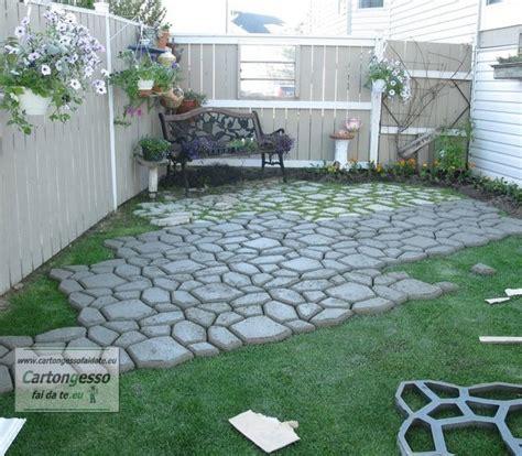 piastrellare giardino pavimentazione giardino senza cemento semplice e comfort