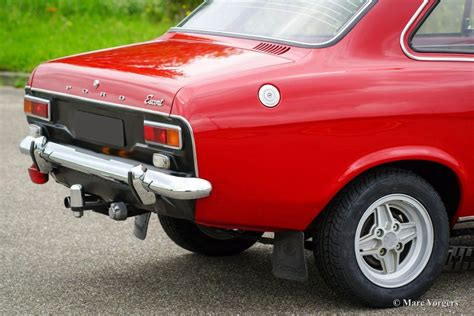 Raket Lining Hc 1300 ford 1300 gt 1973 classicargarage fr
