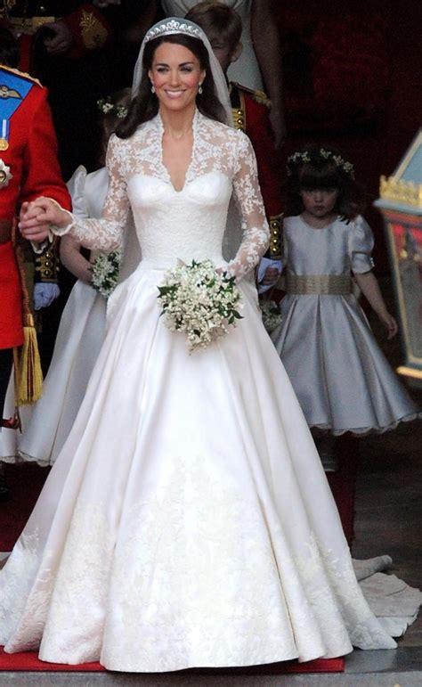 hochzeitskleid kate middleton kate middleton s wedding dress new york post