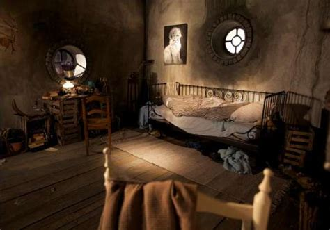 hobbit bedroom cozy abodes hobbit bedroom