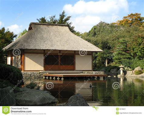 casa en japones casa japonesa imagen de archivo imagen 6578901