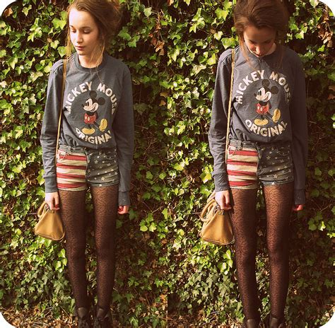 patterned tights topshop imogen de souza primark mickey mouse jumper topshop