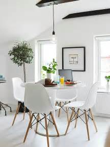 Small Space Dining Room by 1000 Ideas About Small Dining Rooms On Pinterest Small
