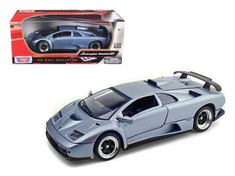 Lamborghini Diablo Model Car by Lamborghini Diablo Gt Silver 1 18 Diecast Model Car By