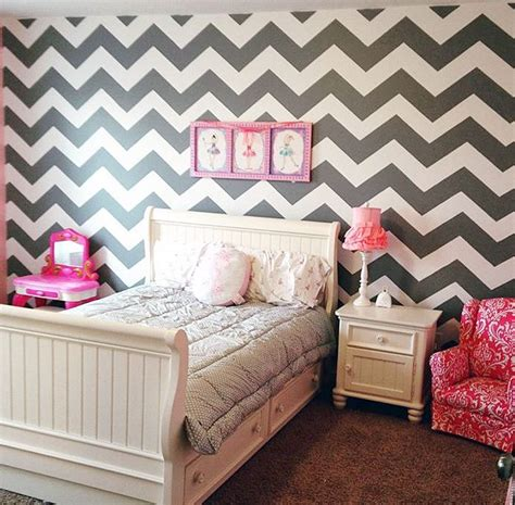 pink chevron bedroom a diy gray white and pink stenciled girl s bedroom