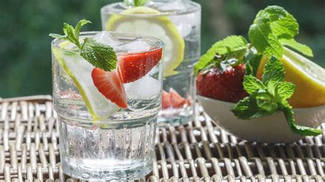 Benefits Of Strawberry Lemon Detox Water by Delicious Detox Water Recipes To Make You Feel Great