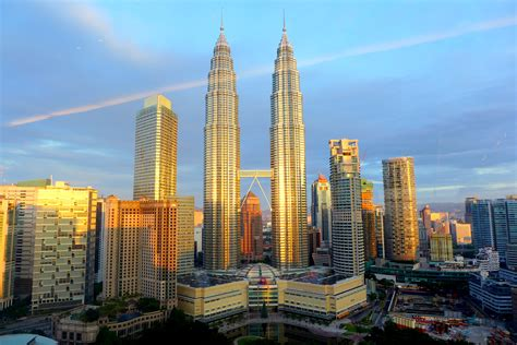 Kuala Lumpur hotel review traders hotel kuala lumpur siew cooks