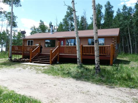 Log Cabins And Cottages With Tubs by Cozy Log Cabin Exterior Tub Vrbo