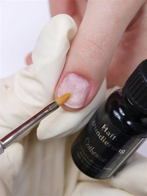 Nail Repair by Damaged Nail Repair