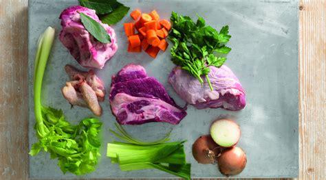 come cucinare il brodo come fare il brodo di carne