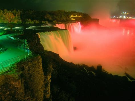 niagara falls night world s tourism niagara falls the amazing waterfalls in