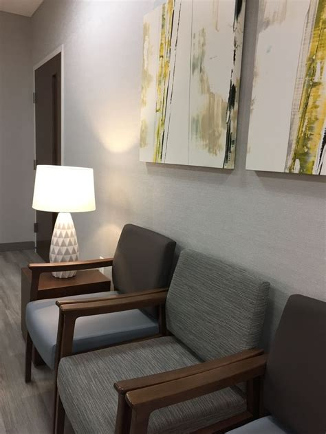 Doctor Office Decorating Themes by 25 Best Ideas About Doctors Office Decor On