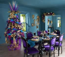 30 vibrant purple decorations