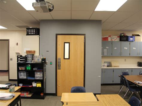 Isolation Room School by Feds To Investigate Isolation Room Complaint At Olathe