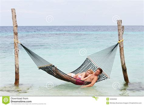 Couples Hammock relaxing in hammock stock photography image 32062692