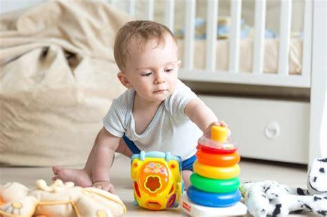 neonato 10 mesi alimentazione bambino 10mesi