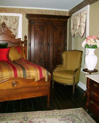 upholstery repair st louis st louis furniture restoration refinishing repair upholstery