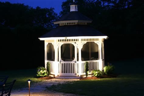 Landscape Lighting Company Preferred Properties Landscaping Masonry Outdoor Lighting Landscape Lighting Exterior Lighting