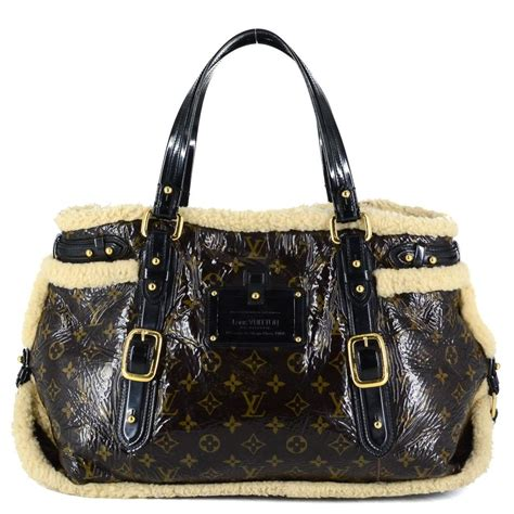 louis vuitton limited edition monogram shearling thunder