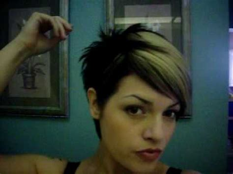 highlighting pixie hair at home pixie cut hair color heavy blonde weave highlights bangs