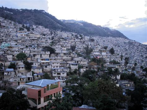 Homes In The Mountains file hills of petion ville haiti jpg wikimedia commons