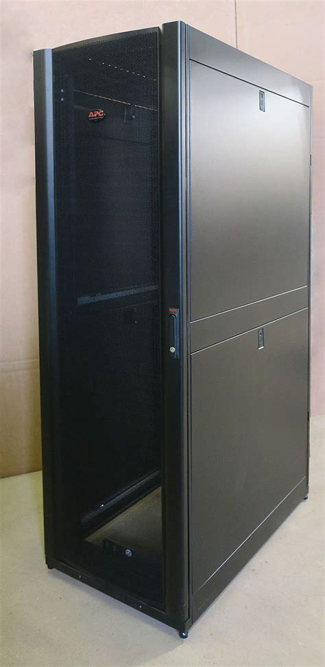 42u Server Rack Cabinet by Apc Ar3100 Netshelter Sx Server 19 600mm X 1070mm Networking Rack Cabinet 42u