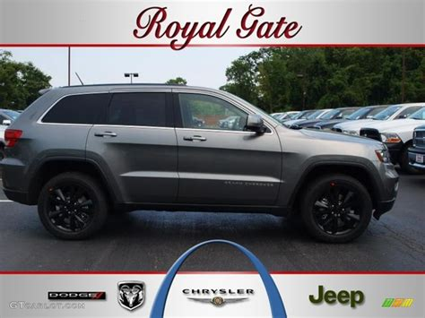 jeep cherokee grey 2012 mineral gray metallic jeep grand cherokee altitude