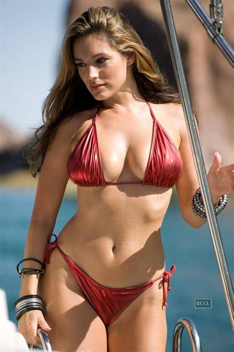 kelly brook english model and actress kelly brook has an enviable