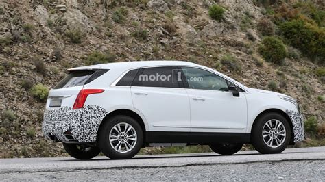 cadillac srx 2020 2020 cadillac xt5 spied with camo in europe