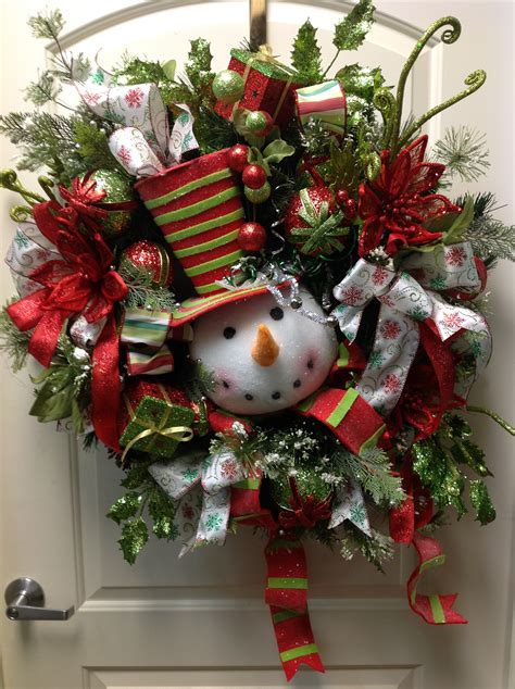 images of christmas on pinterest snowman wreath i love christmas pinterest