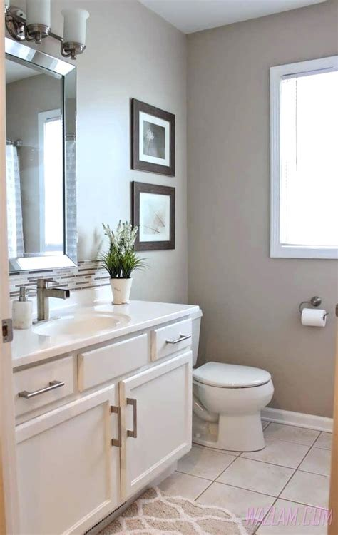 Small Bathroom Paint Ideas Pictures by Best Small Bathroom Colors Justget Club