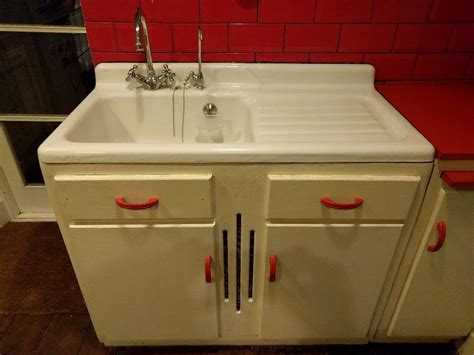 Antique Sinks Kitchen Vintage Kitchen Sink Drainboard Vintage Kitchen Sink For Classic Kitchen Decoration