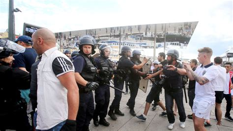 Clash with police in marseille for second night daily mail online
