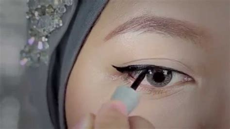 Wardah Gel Eyeliner tutorial eyeliner liquid wardah