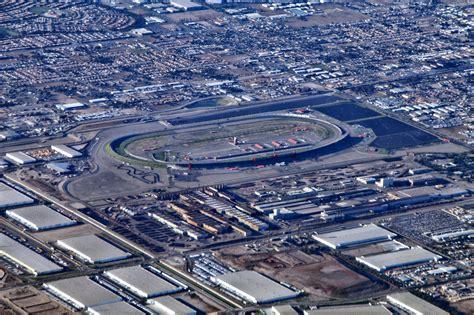 california motor speedway file california speedway aerial view jpg wikimedia commons