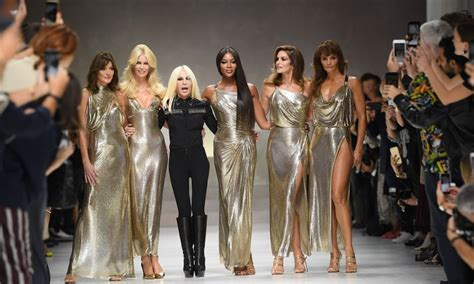 Ten Years On Pay Tribute To Gianni Versace by Supermodels Pay Tribute To Gianni Versace Fashionsizzle