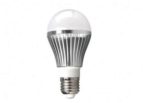 Light Bulb Vs Led Led Vs Cfl Future Of The Light Bulb Birddog Lighting