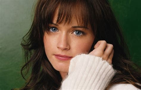 show dark brown haired actresses of the movies of the 1940 wallpaper actress the series look movie brown hair