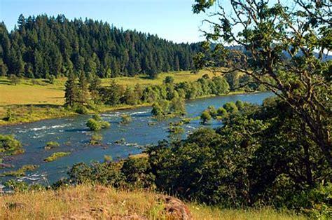 Douglas County Oregon Records File Umpqua River Douglas County Oregon Scenic Images Doud0031 Jpg Wikimedia