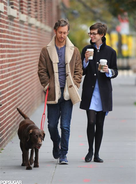 Anne Hathaway And Husband Adam Shulman Step E Online   anne hathaway stepped out with her husband adam shulman