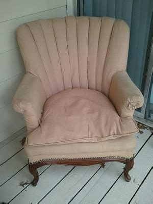 where can i get my couch reupholstered 1000 images about home upholstery and slipcovers on