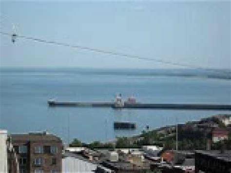 boat crashes into ship leaveing duluth youtube - Boat Crash Duluth