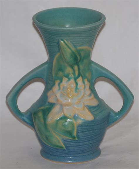 tips for collecting roseville pottery antiques