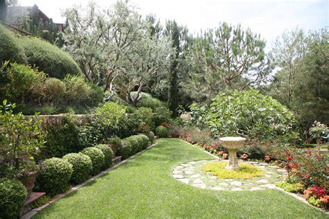 Garden Landscaping Ideas Pictures Startling Birdbath Decorating Ideas