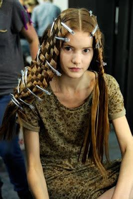 woven hair at the 2011 paris spring alexander mcqueen show heads will roll 75 ooh la la best hair at paris spring