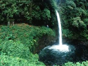 Waterfalls In Uneedallinside Waterfalls Waterfalls Images