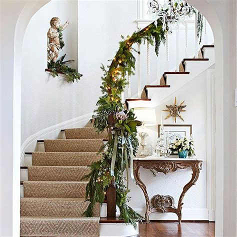 christmas garland and swag decorating ideas runners